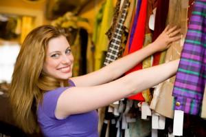 MKTmais_com_roupas-mulhercomprando_shopping